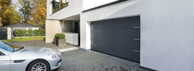 garage-doors-holder3