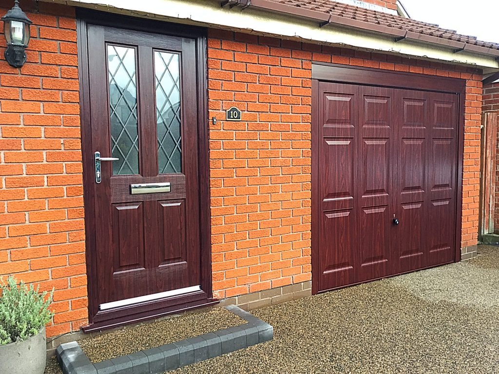 Hormann Georgian In Rosewood Pennine Garage Doors