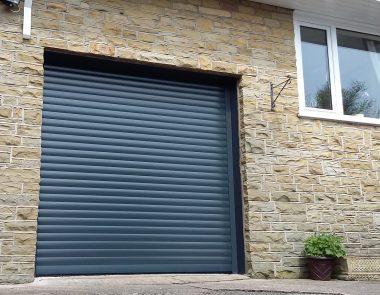 Glossop Alluguard roller door