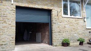 Glossop Alluguard roller door open