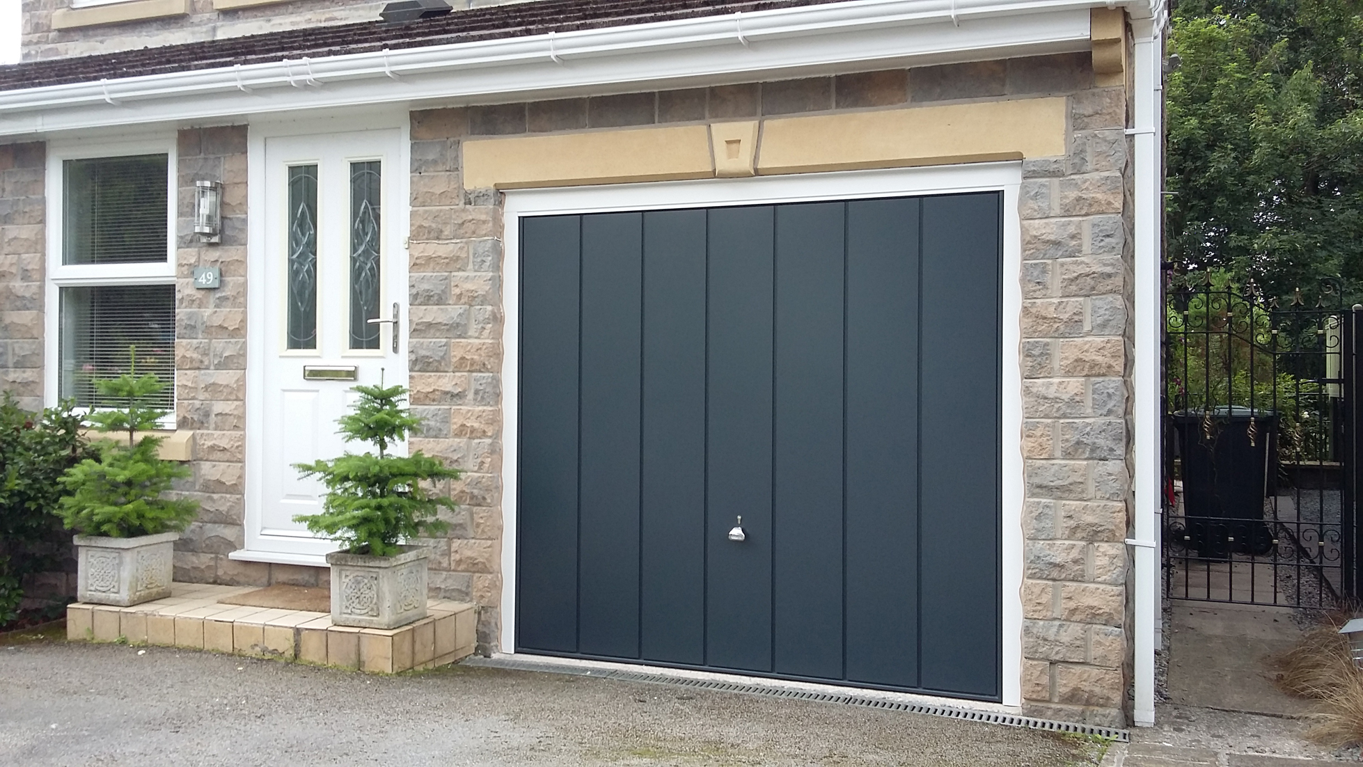 H 246 Rmann Garage Doors Hadfield Glossop Pennine Garage Doors
