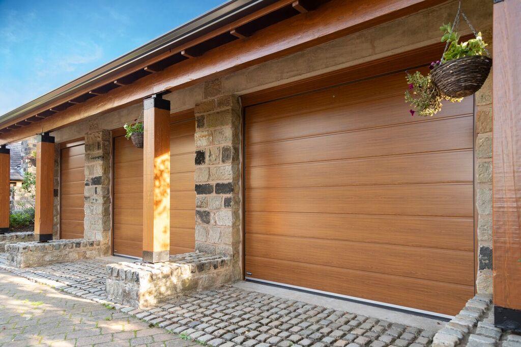 Photography Of Teckentrup Sectional Doors Pennine Garage