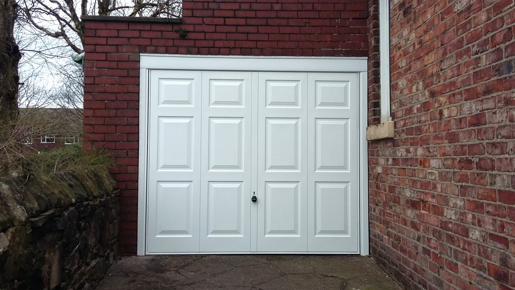 Hörmann Georgian garage door, Marple